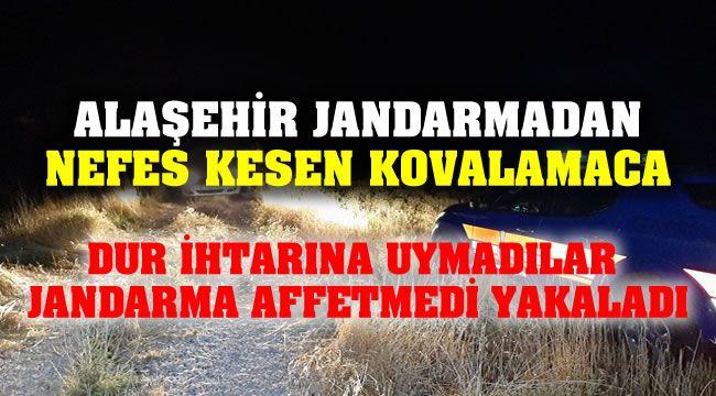 Alaşehir Jandarma'dan Kaçamadılar ! Araçta Uyuşturucu Çıktı